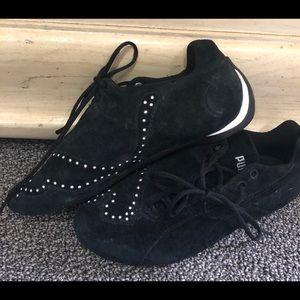 Puma suede rhinestone sneakers. 5 1/2